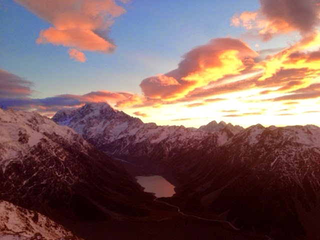 Sunrise View of Mt Cook and Sealy Tarns from Mueller Hut