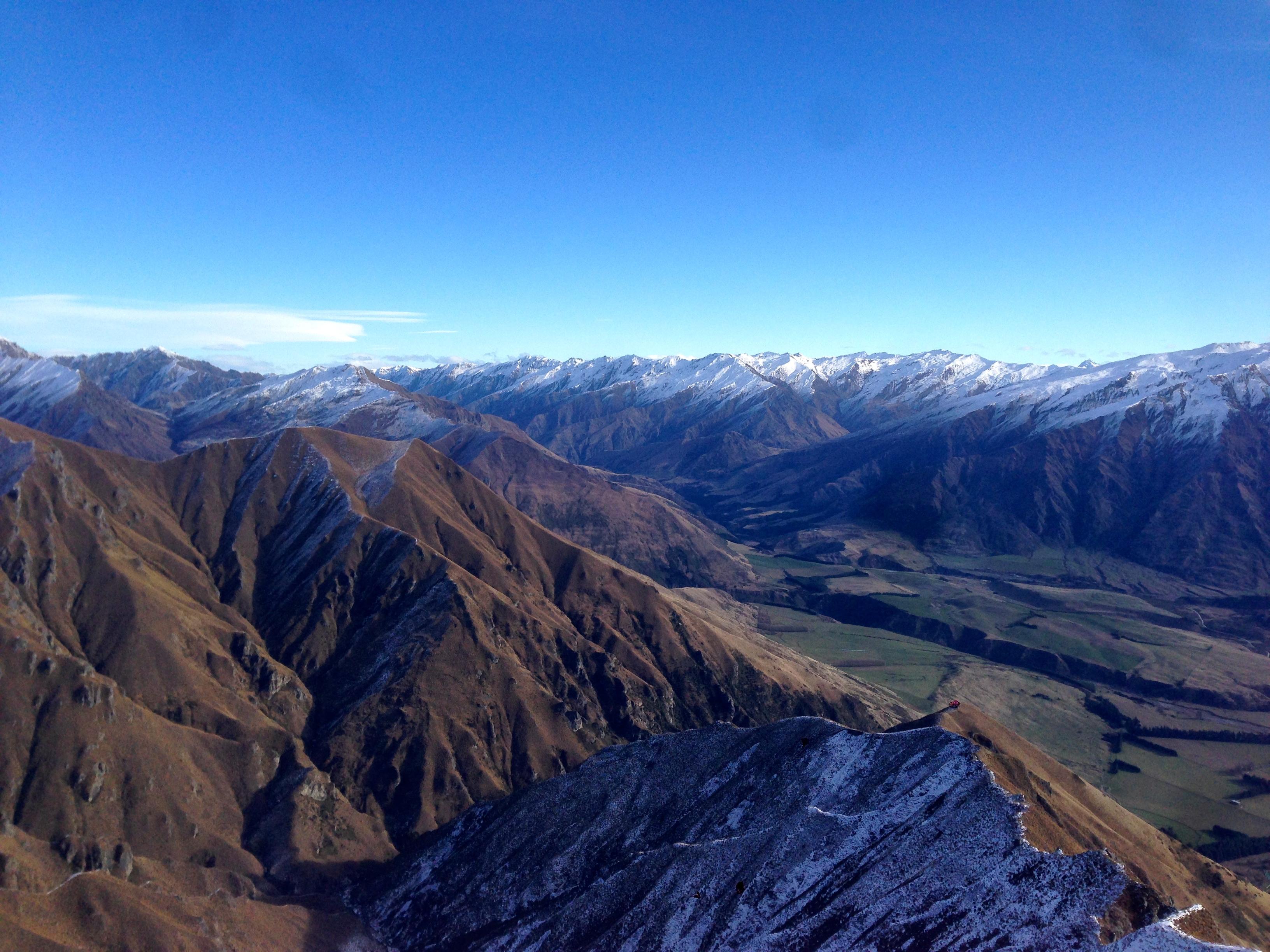 Snow on peaks at Roy's Peak